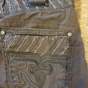 NWOT Men's Rock Revival cargo shorts size 40